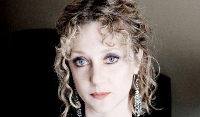 .@KimmySchmidt fans read Editor @GoodHumorGrl&#39;s exclusive interview with #CarolKane at  http:// starrymag.com/carol-kane-unb reakable-kimmy-schmidt/ &nbsp; … ! #UnbreakableKimmySchmidt <br>http://pic.twitter.com/4SmleImkCD