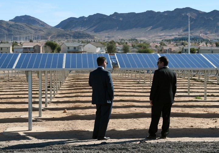 Trump's 'Solar Wall' Talk Boosts Green Energy Stocks https://t.co/dRYLYp92zM