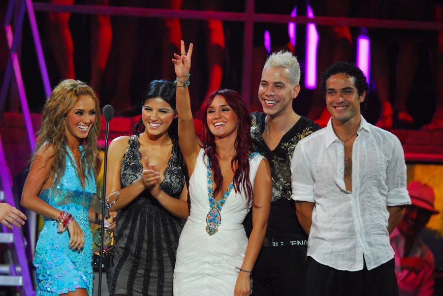 ¿Te gustaría un reencuentro de #RBD? #PremiosJuventud