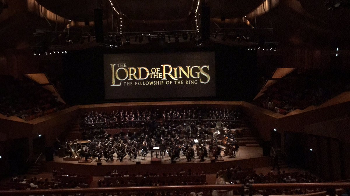 #LotR played by @santa_cecilia #orchestra was just #amazing! Looking forward for The Two Towers #魔戒 #托尔金 #罗马 #Tolkien #LordOfTheRings<br>http://pic.twitter.com/wssa3nKujP