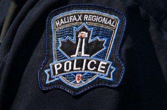 Breaking: Man shot as gunfire rings out in Halifax neighbourhood https://t.co/LO9hHw2doL