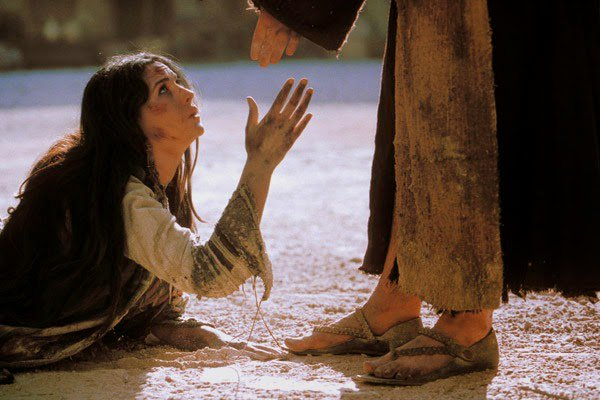 "Shari Fenn on Twitter: ""SHOW MERCY ""Blessed are the merciful, for they will  be shown mercy."" Matthew 5:7 #Mercy is not giving others what they  deserve.… https://t.co/av96vSe4y9"""