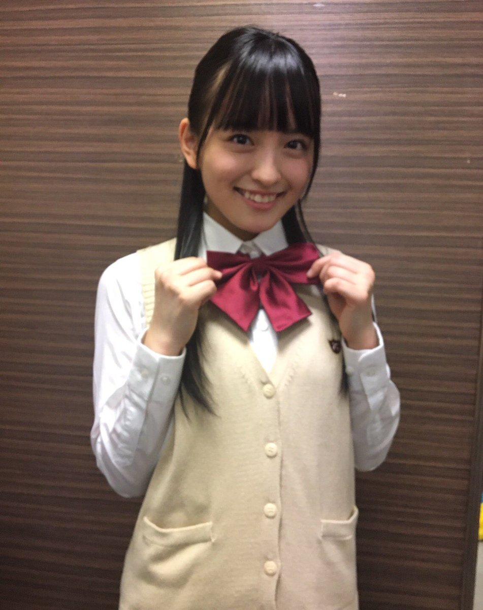 制服のリボンが可愛い清井咲希