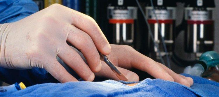 Оперативное лечение ложных аневризм должно производиться с целью - 3834b