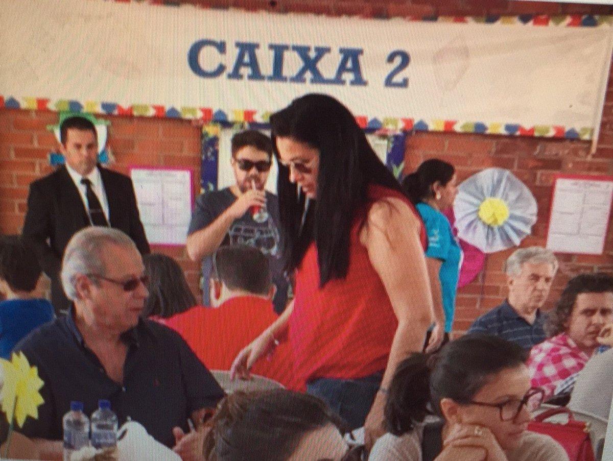 Em festa junina, Zé Dirceu senta perto do Caixa 2!