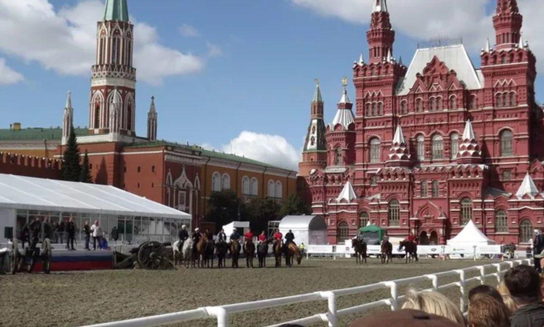 Câmara aprova viagem para deputados irem à Copa das Confederações na Rússia https://t.co/7ThCDQPlsy [@laurojardim]