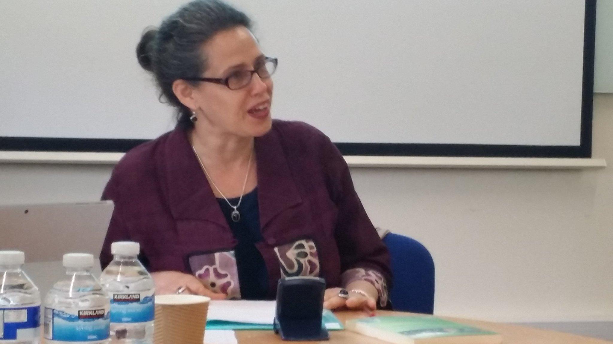 Dr Sondra Hausner presenting on Diaspora religions #CNSUK10 https://t.co/D7j1YHQCkF
