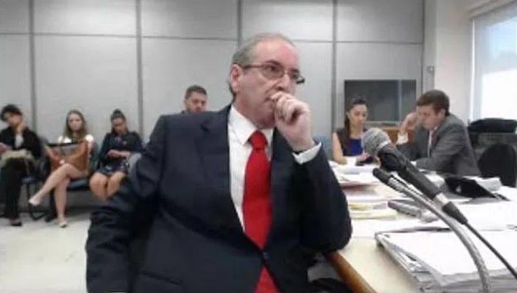 Sérgio Moro não quer, de jeito nenhum, que Eduardo Cunha faça delação https://t.co/9jMI96SxTH [@Ancelmocom]
