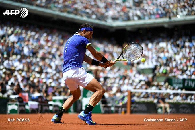 Et de 10 pour Rafael Nadal !   🏆 2005 🏆 2006 🏆 2007 🏆 2008 🏆 2010 🏆 2011 🏆 2012 🏆 2013 🏆 2014 🏆 2017   #AFP #RG17
