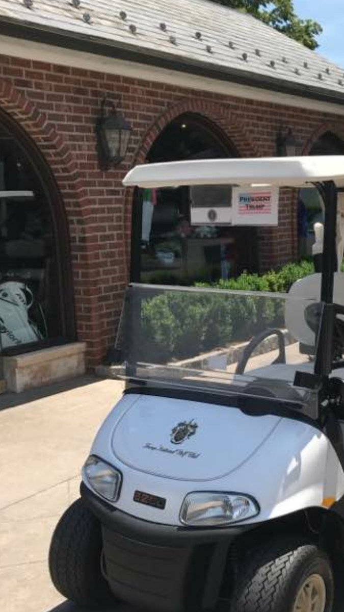 The White House never tells the press if Trump is golfing, but I obtained a photo of the presidential golf cart. https://t.co/eOmTVBfFcU