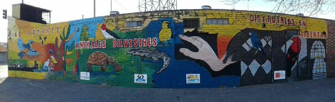 Mural contra el trafico de fauna (Pompeza, CABA, 20170611))