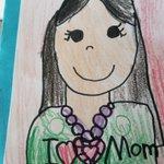 これはすごい!娘の描いてくる似顔絵がアメリカと日本で全然違う