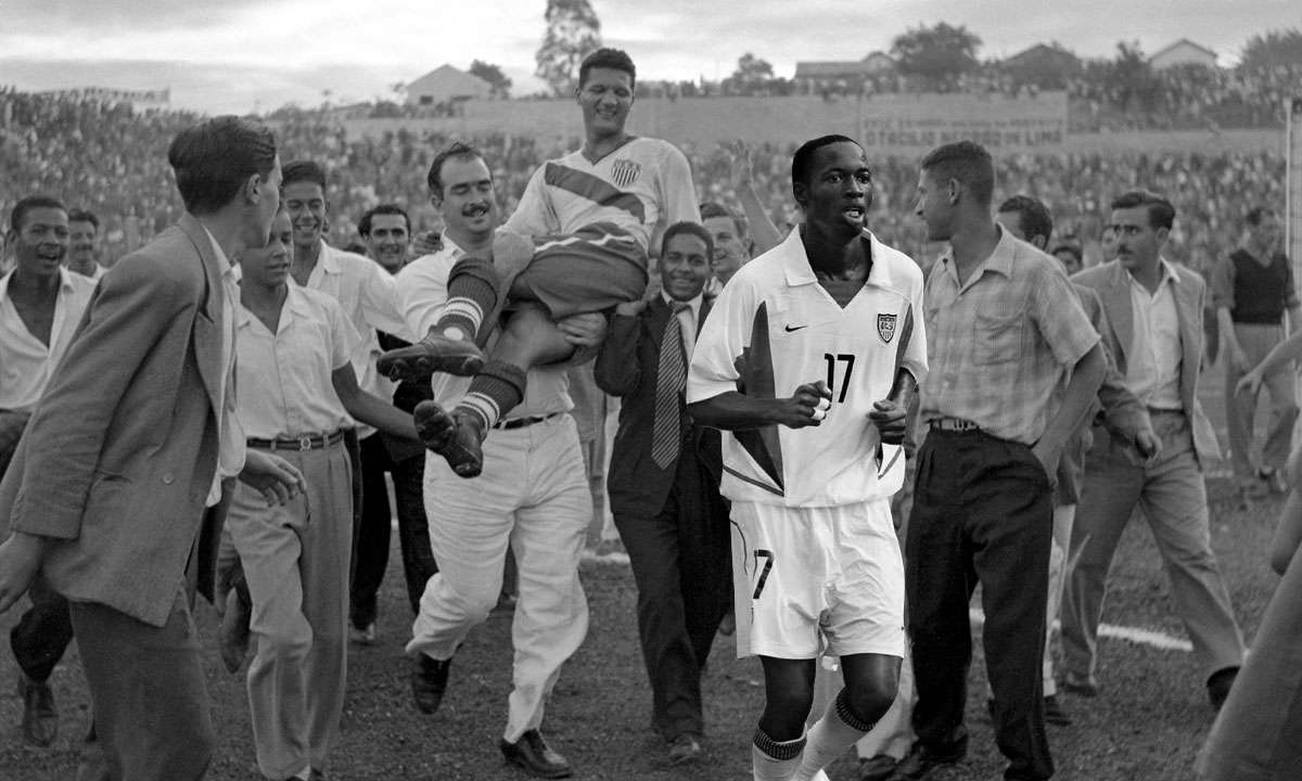 Here's a rare photo of DaMarcus Beasley after he helped the USA upset England in the 1950 World Cup. https://t.co/DfgSwIUAnA