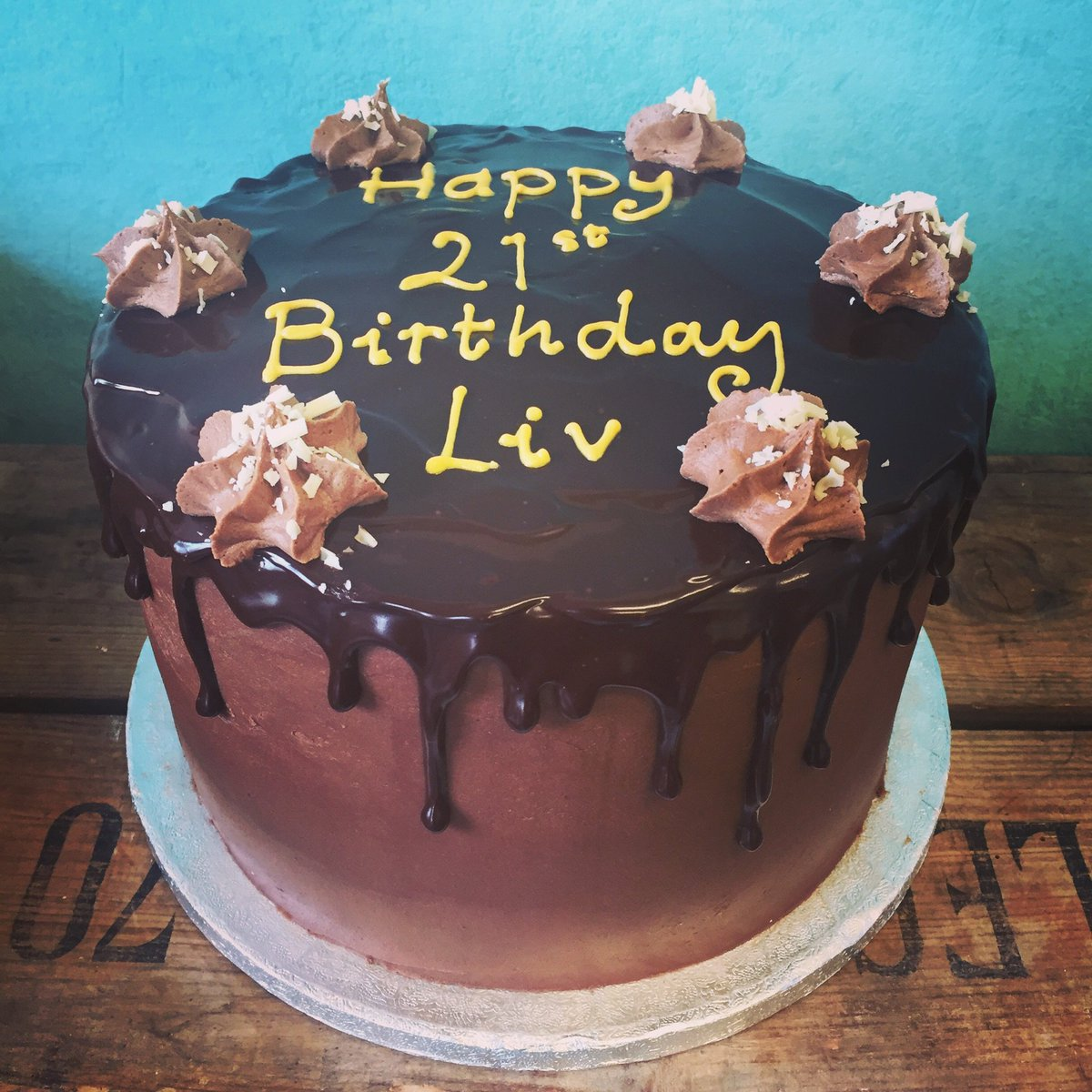 Little Bee Bakery On Twitter Our Amazing Chocolate Drip Chocolate