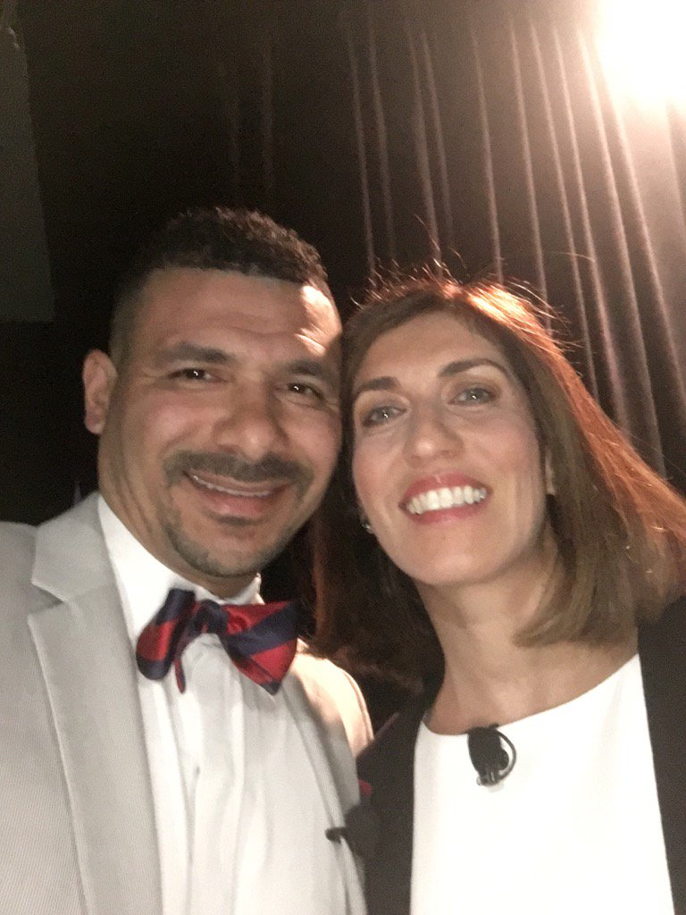Ready to go w @Ninacharters @charteralliance back stage. https://t.co/HipdLKEK0F