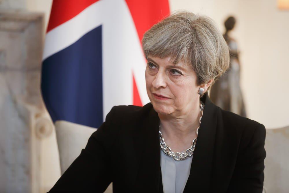 'L'amère défaite de Theresa May' : l'analyse de Dominique Moïsi 🇬🇧 https://t.co/VndG8tr4uk #GeneralElection