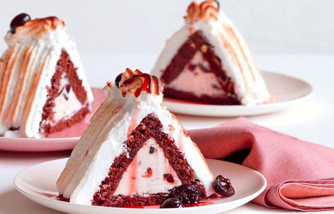 Ricetta Piramidi al cacao con gelato di amarene