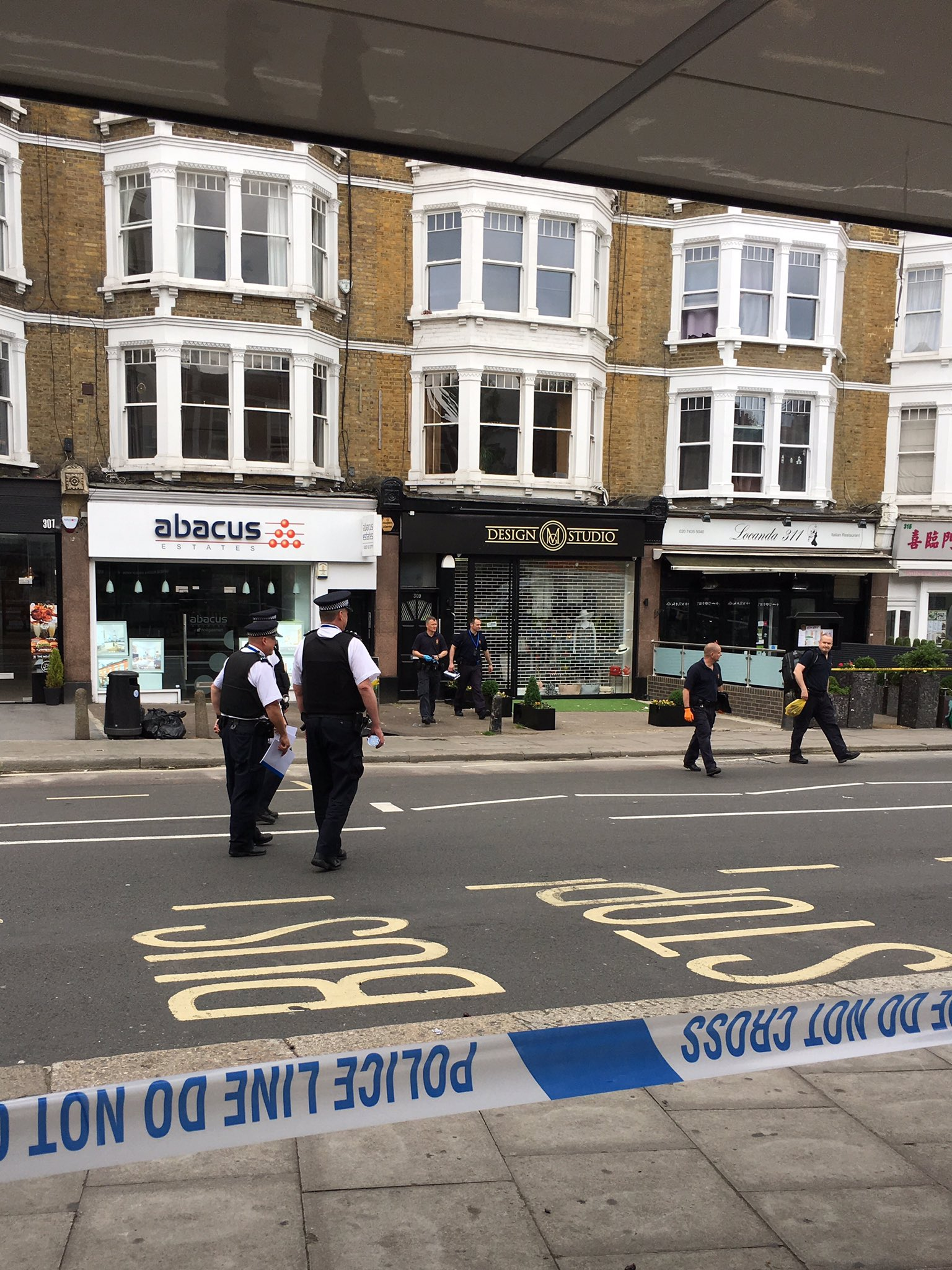 Incident over. Police leaving the building. West End Lane reopening. https://t.co/ms6aOdEnOo