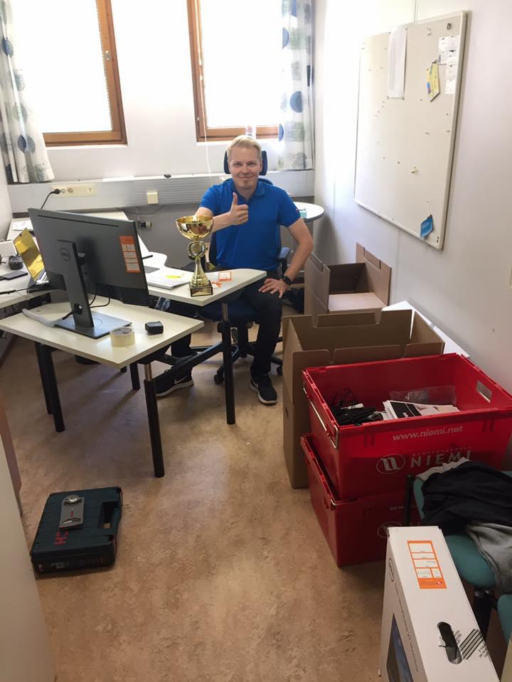 buildercom oy on twitter alkaa olla kamat kasassa tnn buildercomoy jyvskyln toimisto muuttaa mattilanniemeen uusia tuulia muutto toimisto