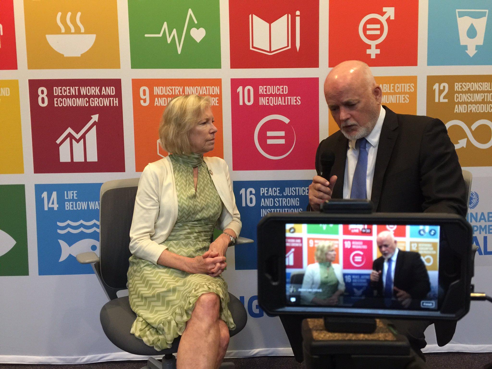 WATCH: @UN_PGA & @Kathy_Calvin discuss value of citizen leadership to solve global challenges: https://t.co/mXBoNo2MrZ #USAforUN w/ @UNAUSA https://t.co/HtZZ1Btuqs