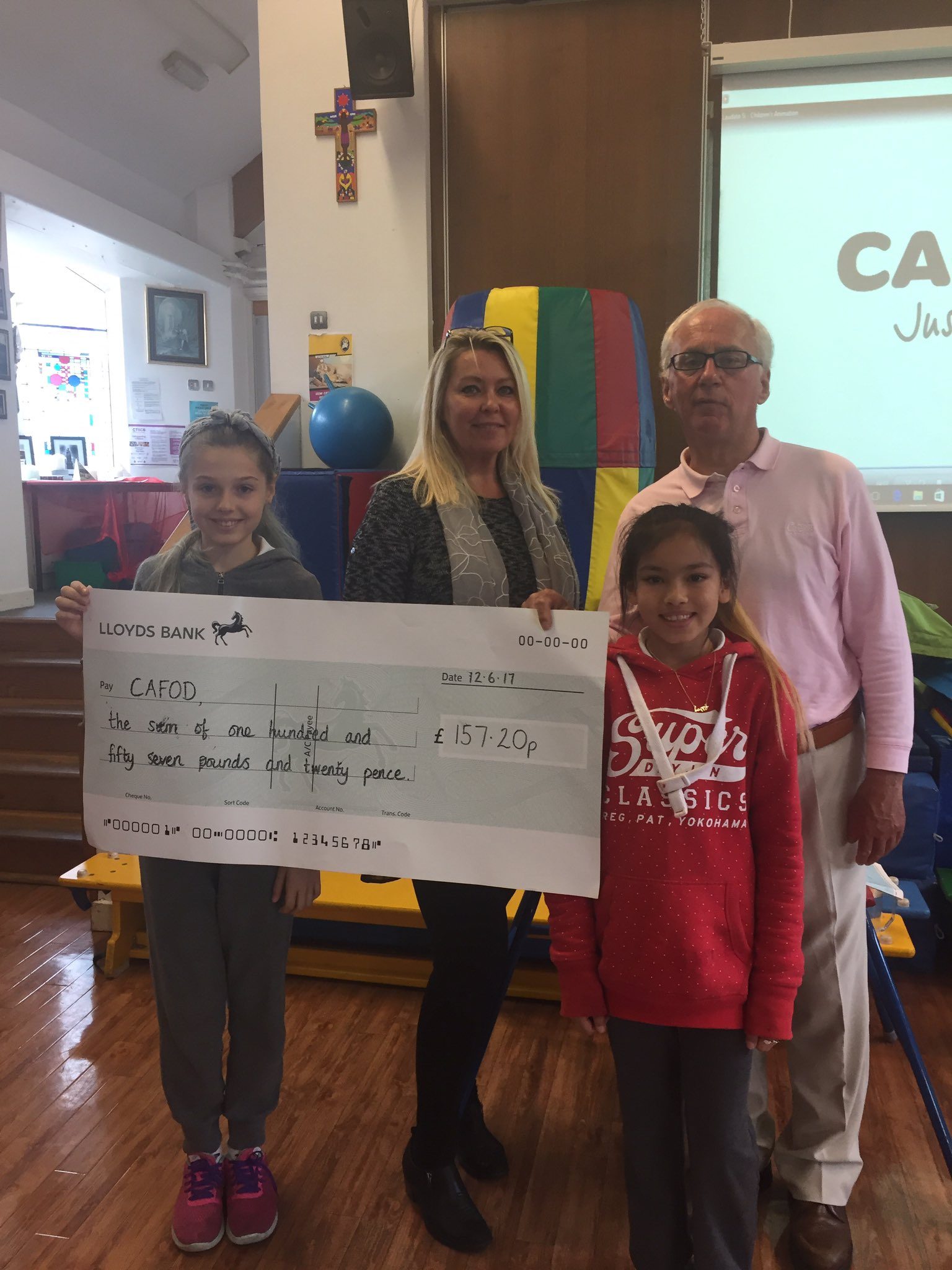 We donated our Lent Challenge Money today in the CAFOD Assembly. @CAFODSouthWales @CathEdService @CAFODSchools @CNSRCT @CatholicCardiff https://t.co/7hqsUUqI2E