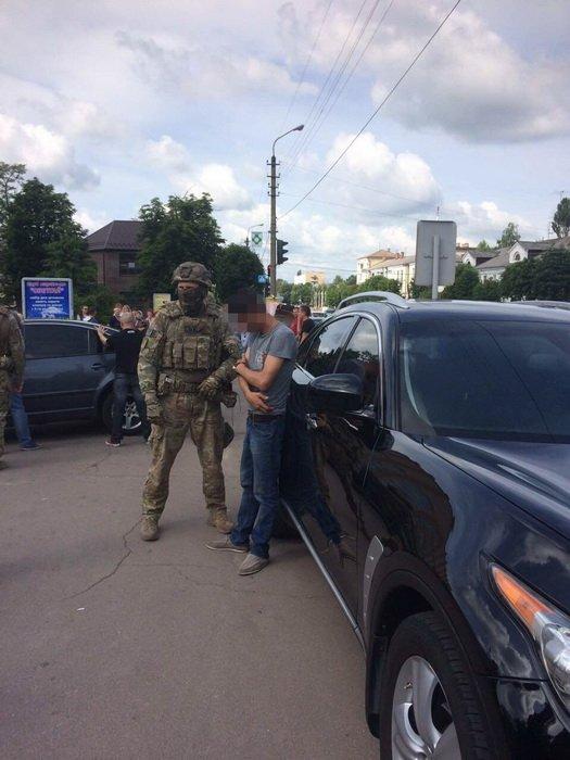 На Житомирщині СБУ затримала учасників бандугруповання, які планували підірвати стратегічний об'єкт