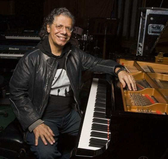 Happy birthday to keyboardist Chick Corea!   Listen now: