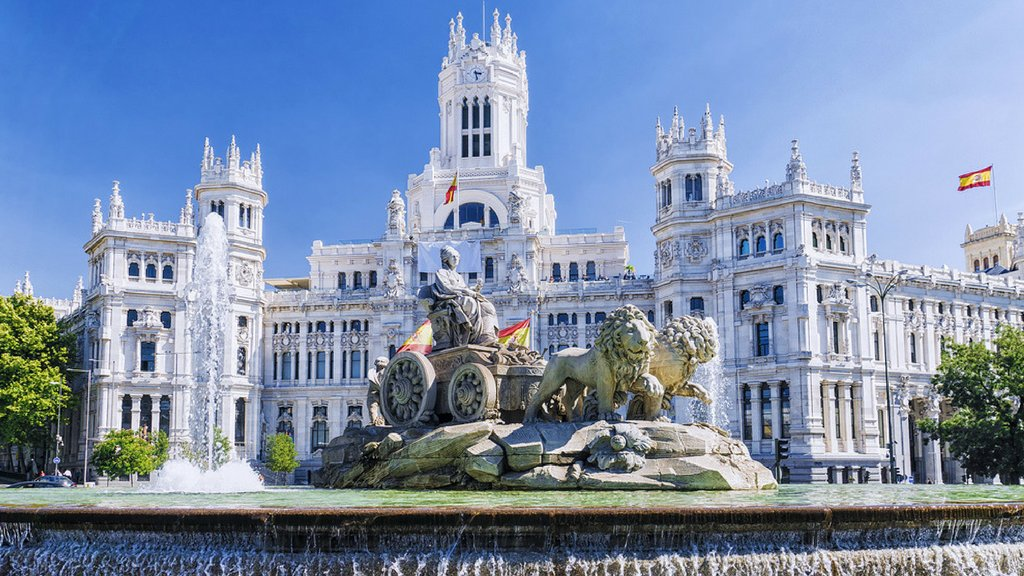 ❤ if you love #Madrid as well! @spain https://t.co/wfKyZIXpE8