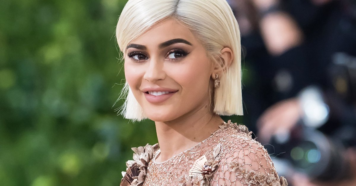 Kylie Jenner is the youngest celebrity on Forbes 100 list https://t.co/i1oUKCkKWd https://t.co/iFNlg9n6VN