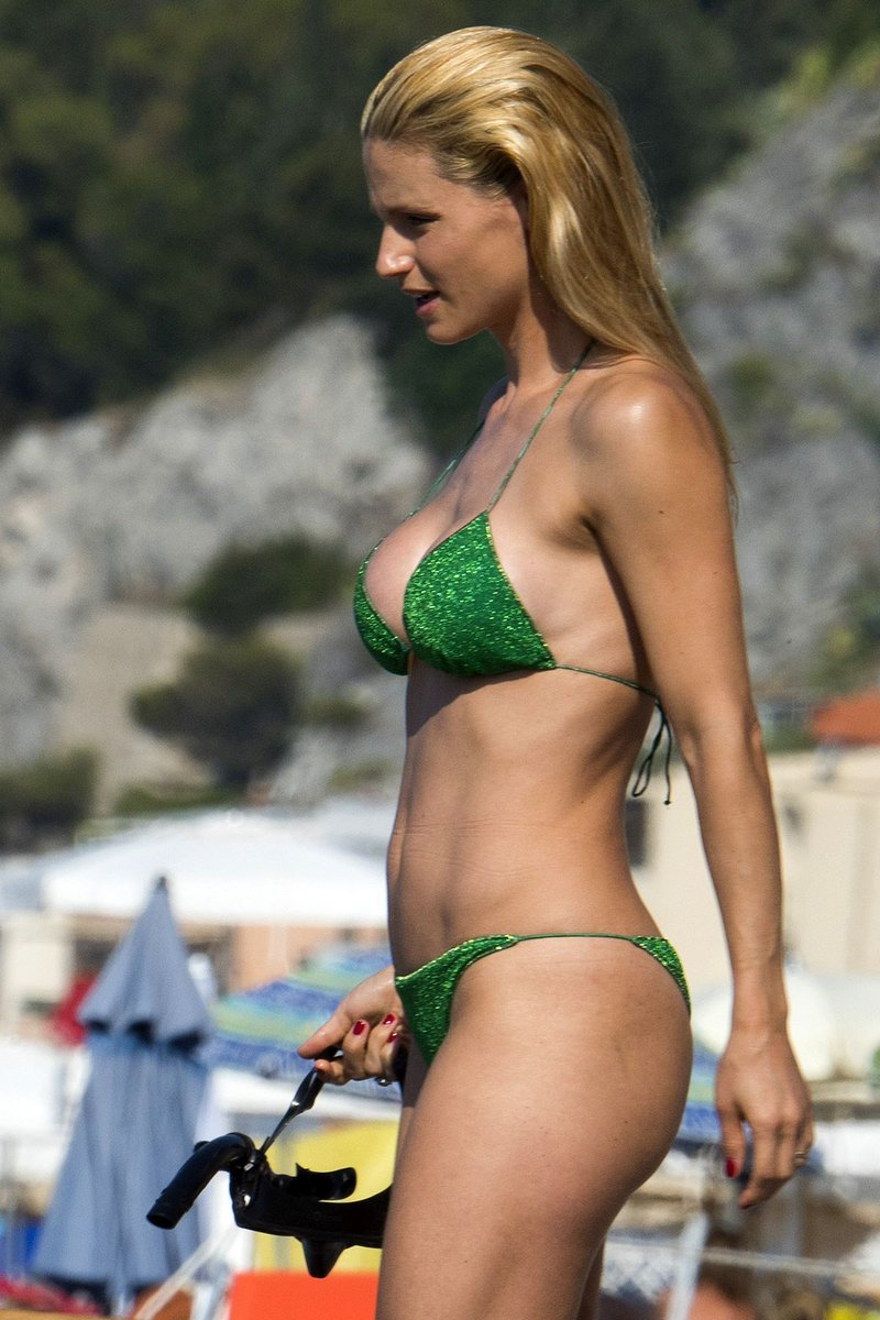 Paparazzi Michelle Hunziker nudes (51 foto and video), Pussy, Leaked, Boobs, lingerie 2006