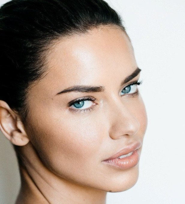God is indeed among us, happy 36th birthday adriana lima!!!