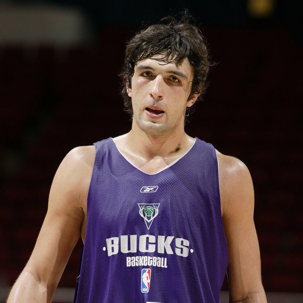 Milwaukee Bucks: Milwaukee Bucks (@Bucks)
