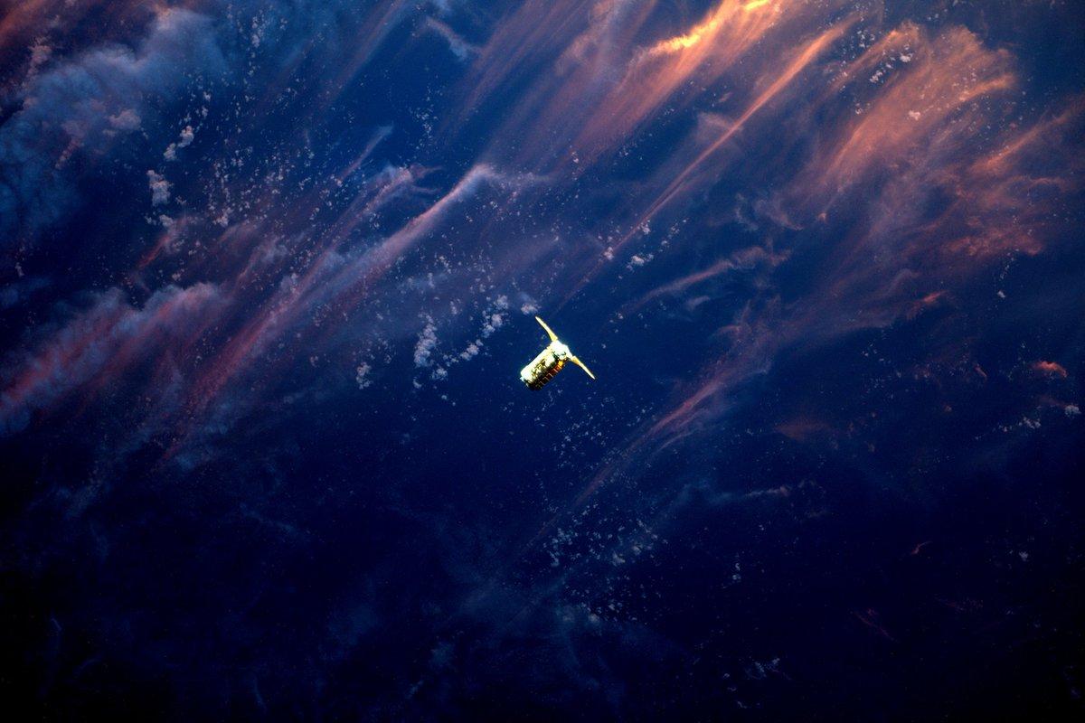 International space station celebrates 15 years in orbit перевод текста - 6b59f