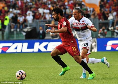 Talks are continuing between Michael #Edwards, #LFC&#39;s Director and Roma transfer supremo #Monchi for #Salah. (Mail)<br>http://pic.twitter.com/JA9uLU4T4C