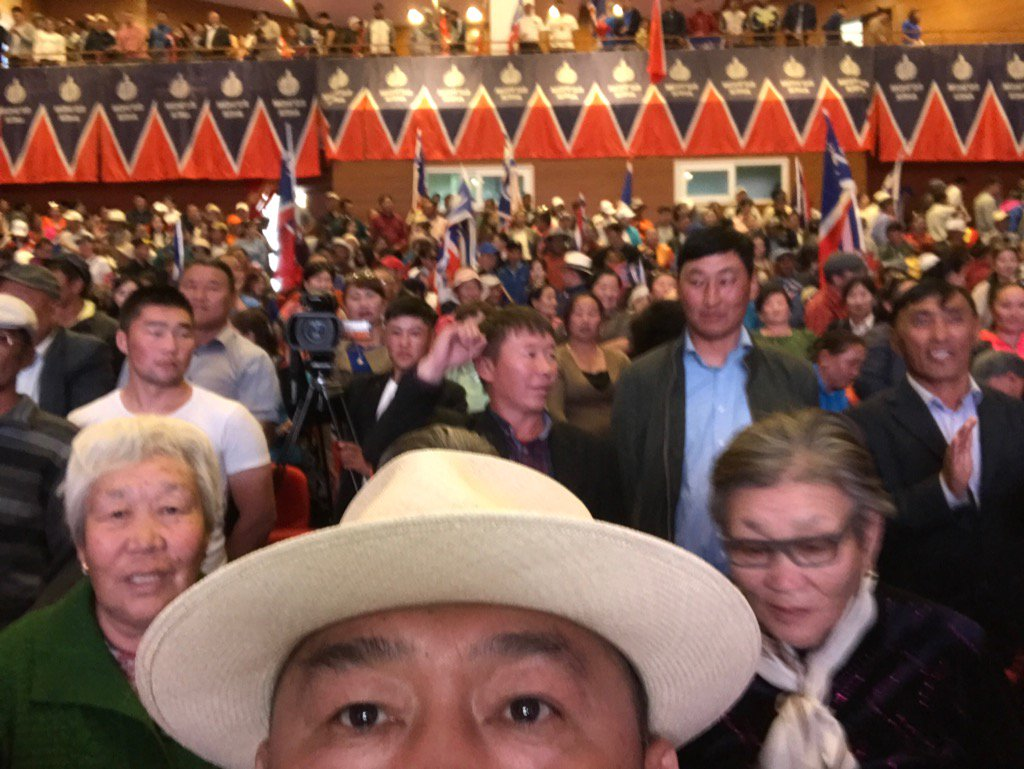 Засагт ханыхантай Засаглалын тухай  Алтай хотод ярилцлаа... Говьалтай аймаг 06-12.. https://t.co/5KPCqCHUbx