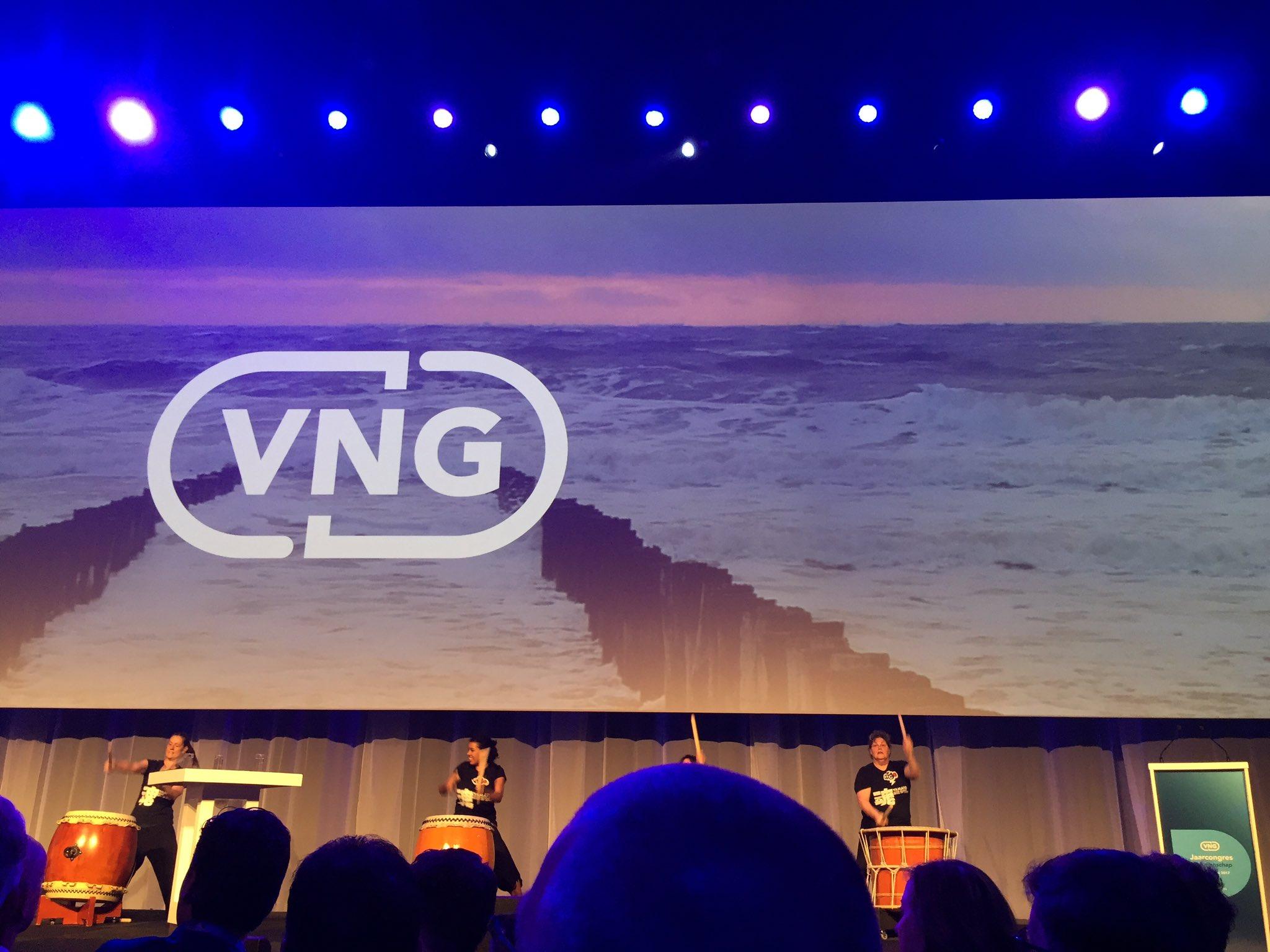 Opening #VNGcongres2017 https://t.co/J5lLDfYfit