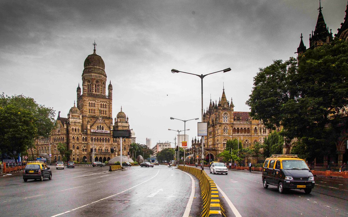 My most fav Mumbai picture. I call it, before madness started https://t.co/ea8YA1QsqF