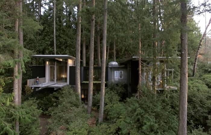 Up in the trees with nature-loving architect Jim Olson:  https://t.co/r5UNe8jOYq