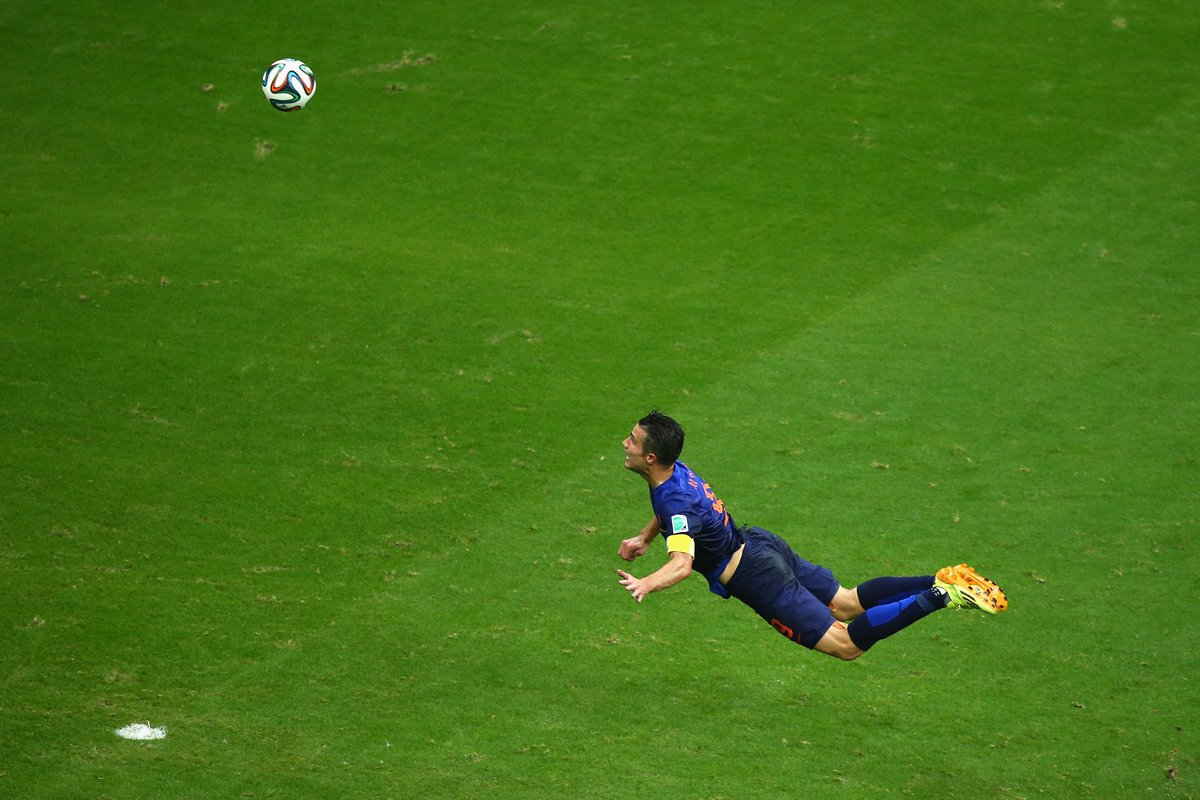 #OnThisDay in 2014, Robin van Persie did this.  An iconic image 📸