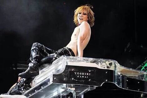 @YoshikiOfficial  I miss you.(˘・з・˘) Are you okay?   LINE Stamp #YOSHIKI    https:// line.me/S/sticker/1254 263 &nbsp; …   #TeamYoshiki  http:// sot.ag/2m8yW  &nbsp;  <br>http://pic.twitter.com/gQAXLGUdtl
