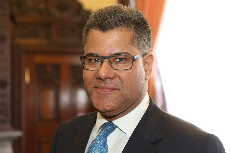 RT @CommunitiesUK Welcome to our new Housing and Planning Minister @AlokSharma_RDG https://t.co/EBx7q6FsoN