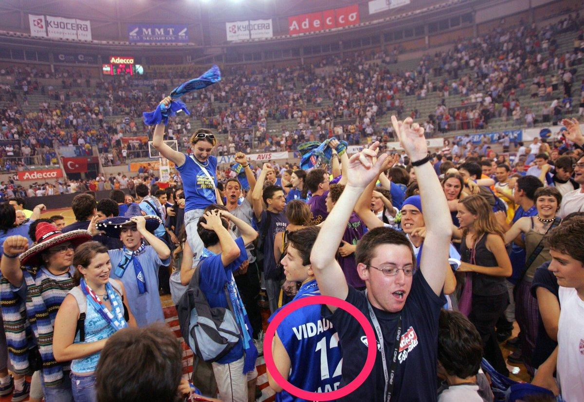 Por fin lo he encontrado!! El pobre desgraciao que se compró mi camiseta @melaponestuning @ClubEstudiantes https://t.co/0pne1bQrFZ