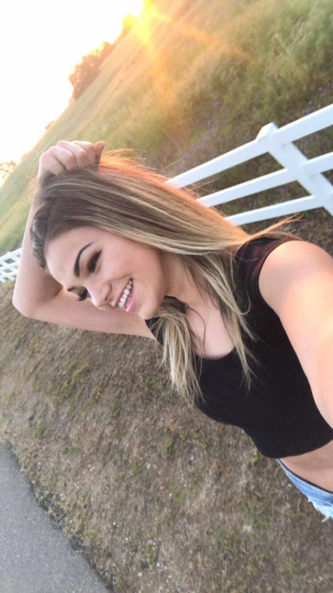 Athena Farris Porn athena faris (@athenafarisx) | twitter