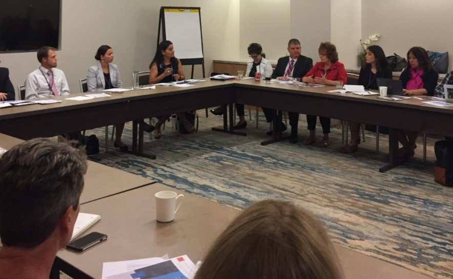 As funders, how do you support coalitions focused on collective impact in #education? @uwsl & Rogers Family Foundation have tips! #GLRWeek https://t.co/SN4aMVaIhk