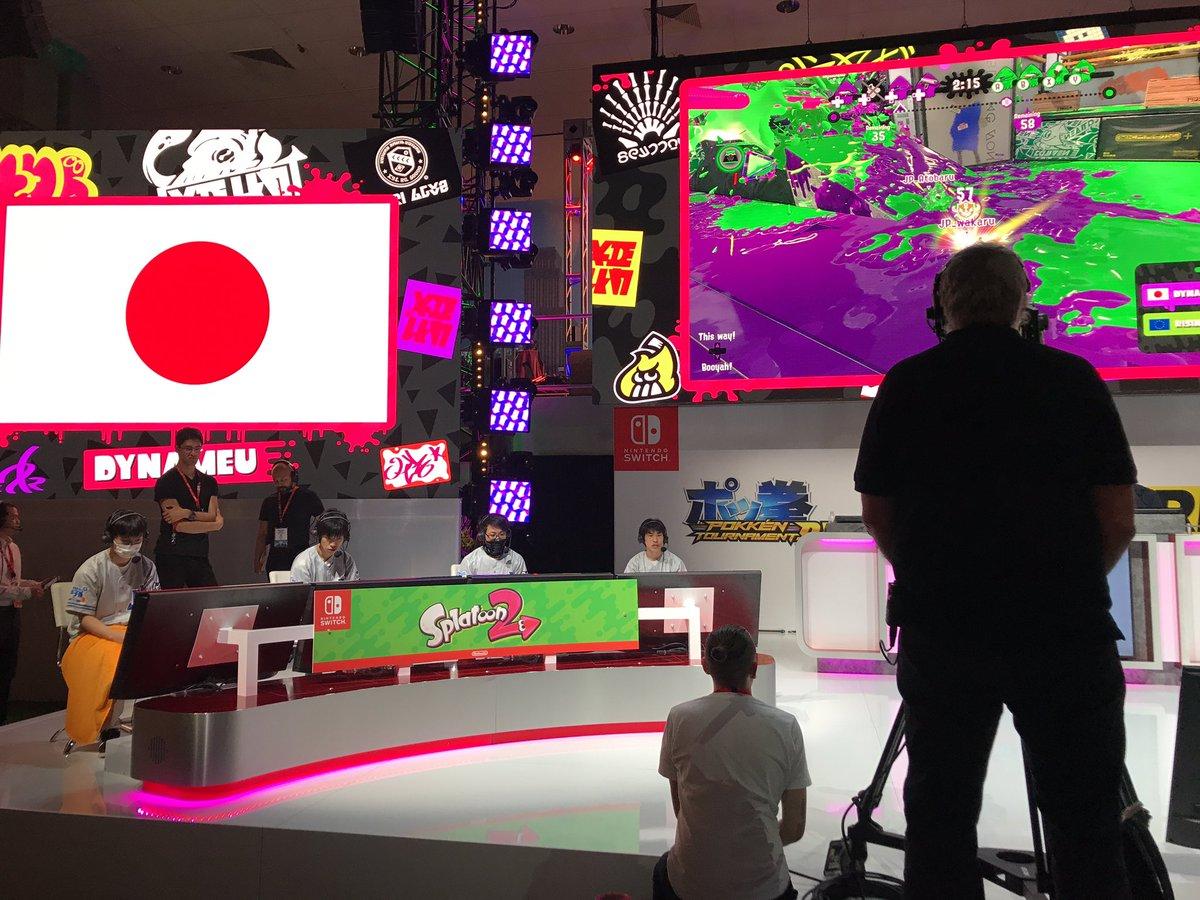 ダイナモンがやられると、歓声というか驚きの声が上がるようになってきたw ダイナモンのすごさがE3会場の人に伝わってきたみたい。 #E32107  #スプラトゥーン https://t.co/DqO6Nz5VZw