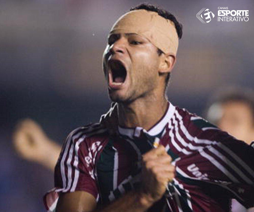 Certezas do futebol: quando um jogador está com a cabeça enfaixada, a chance dele marcar um gol decisivo aumenta em 75%.