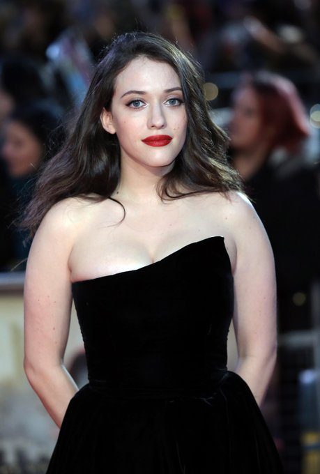 Let\s wish a very happy birthday to Kat Dennings who plays Darcy Lewis in