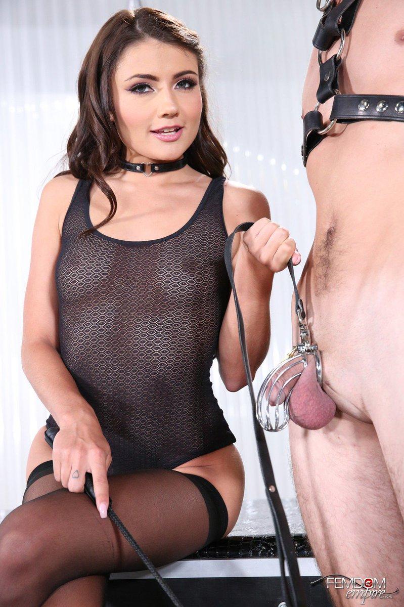 cougar caught masturbating at the show