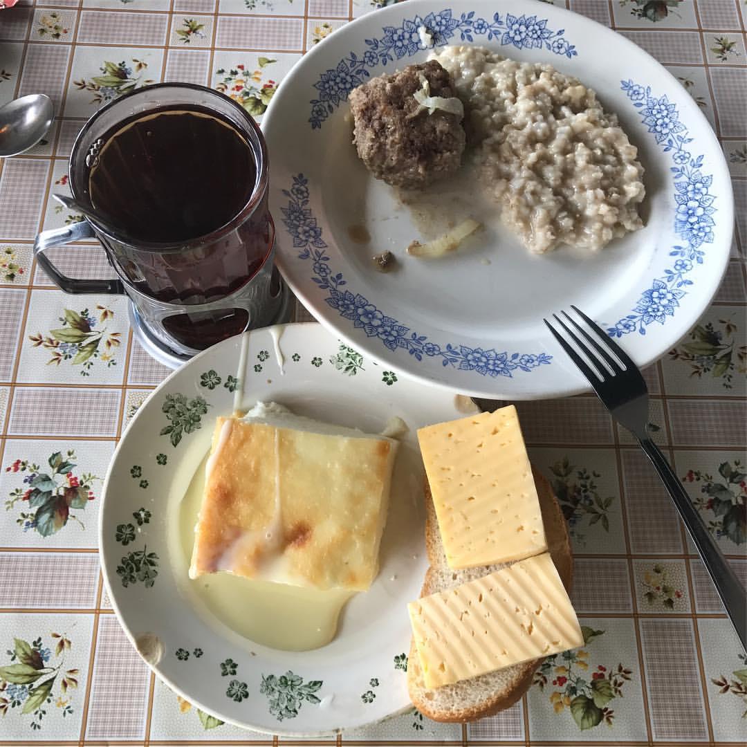 Бутерброд со шпротами рецепт