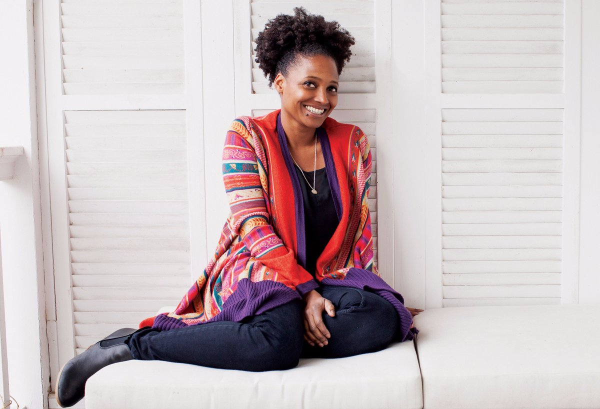Tracy K. Smith has been named the next U.S. poet laureate! https://t.co/k3ZlWoeBMz https://t.co/YrvB7osGDo